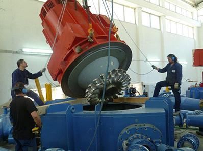 Montaggio turbina Pelton